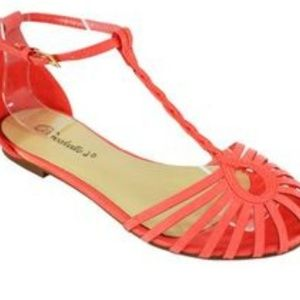 Breckelles Shoes - size 11 coral round toe sandals